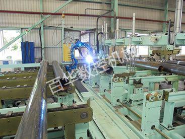 机器人工作站自动焊接